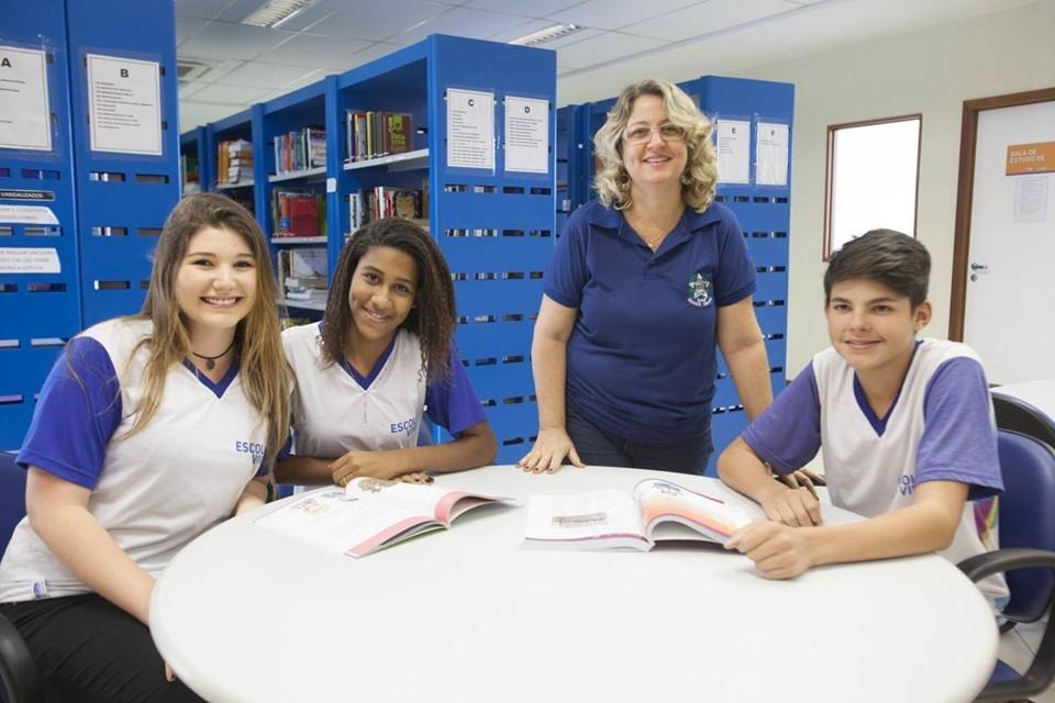 SEDU - Escola Viva  Sedu abre seleção para professor e pedagogo 4b1b8ea92e84f