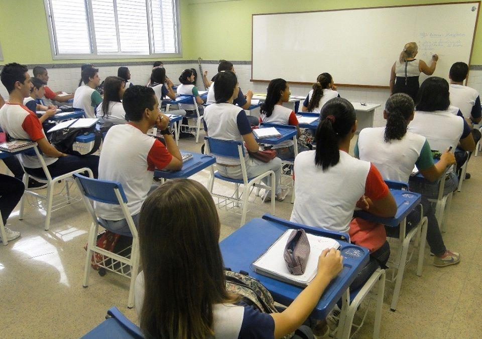 A Secretaria de Estado da Educação (Sedu) divulgou a abertura de processos  seletivos para a contratação de profissionais em designação temporária e7d206ba44ebf